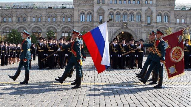 Выпуск МВД на Красной площади