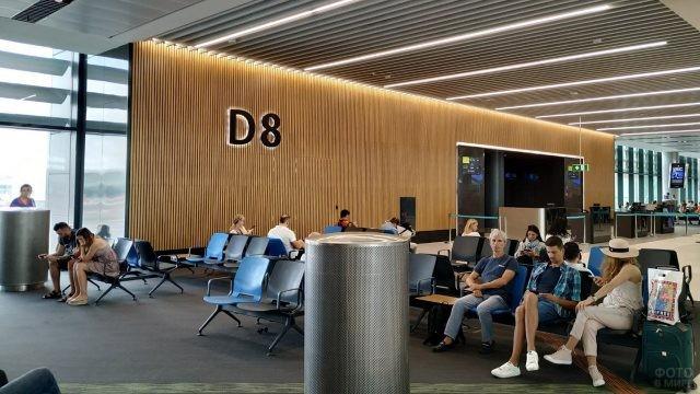 Зал ожидания в новом аэровокзале Стамбула