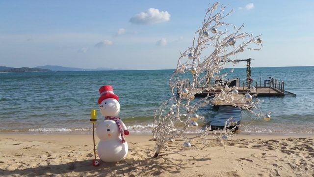 Снеговик в Фукуоке на Новый Год.