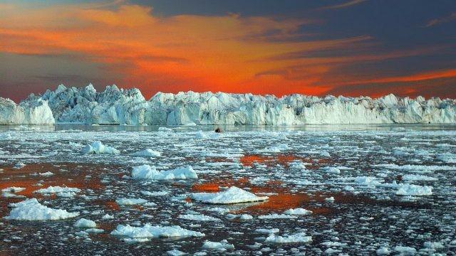 Ледник Илулиссат в Гренландии