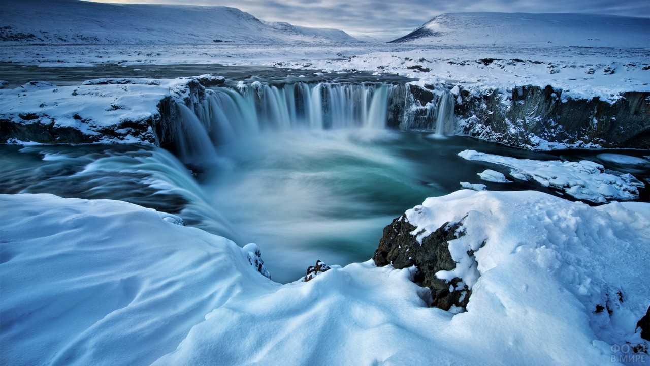 Водопад Годафосс в Исландии