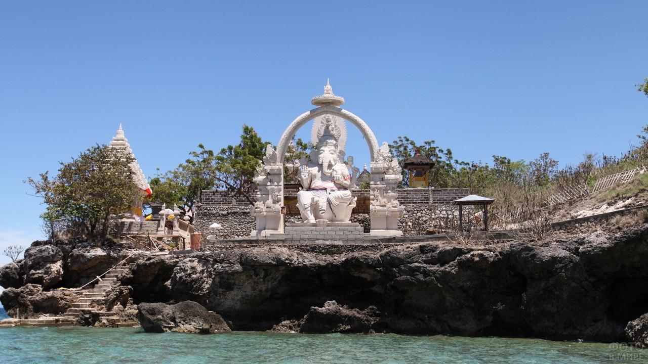 Храм Ганеши на Бали