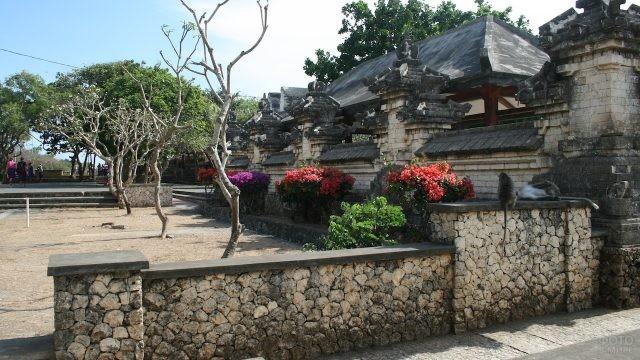 Храм Улувату на острове Бали