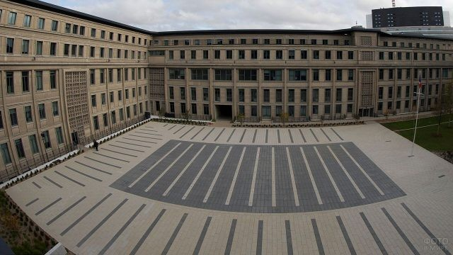 Один из внутренних дворов Пентагона