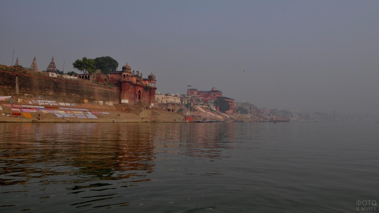 Река Ганг на закате