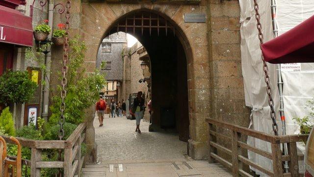 Арка в замке-крепости