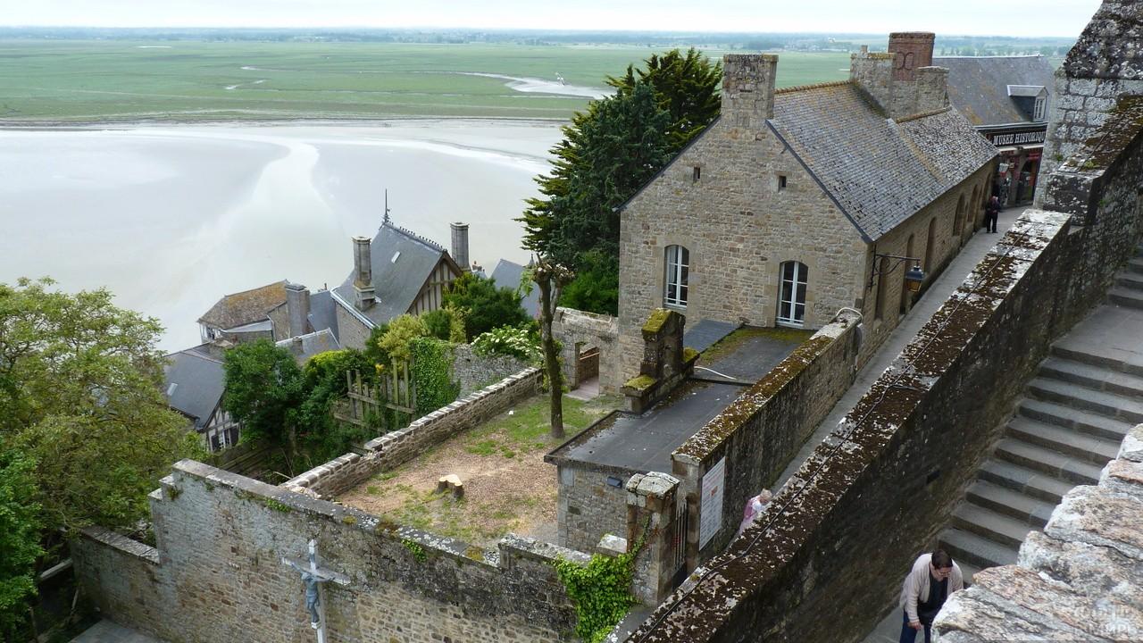 Дома в городке Мон-Сен-Мишель