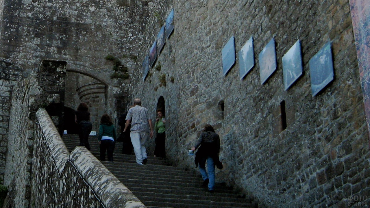 Лестница, ведущая в тюрьмы аббатства