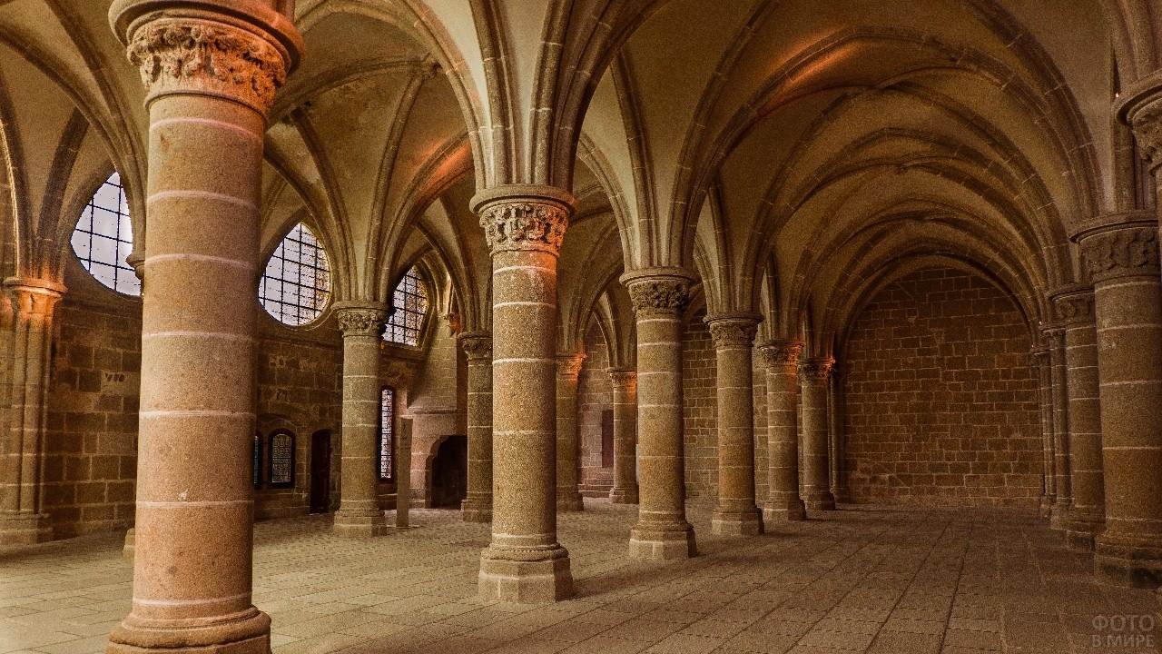 Внутреннее помещение аббатства