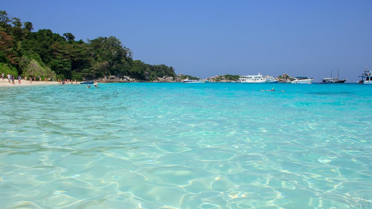 Бирюзовое море острова Ко Мианг