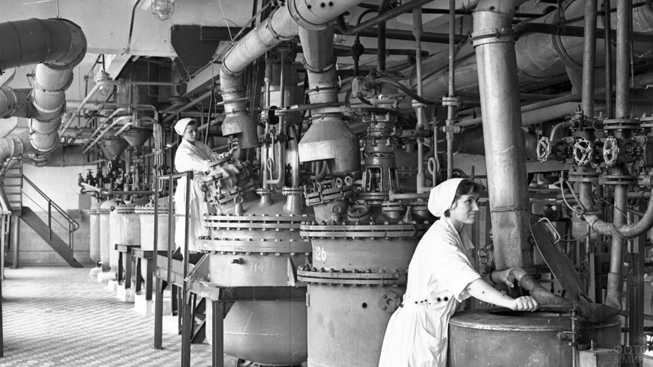Чимкентский химико-фармацевтическом завод имени Дзержинского в Казахстане, 1921