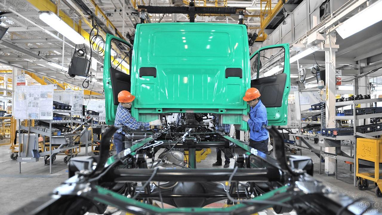Завод ГАЗ в Нижнем Новгороде