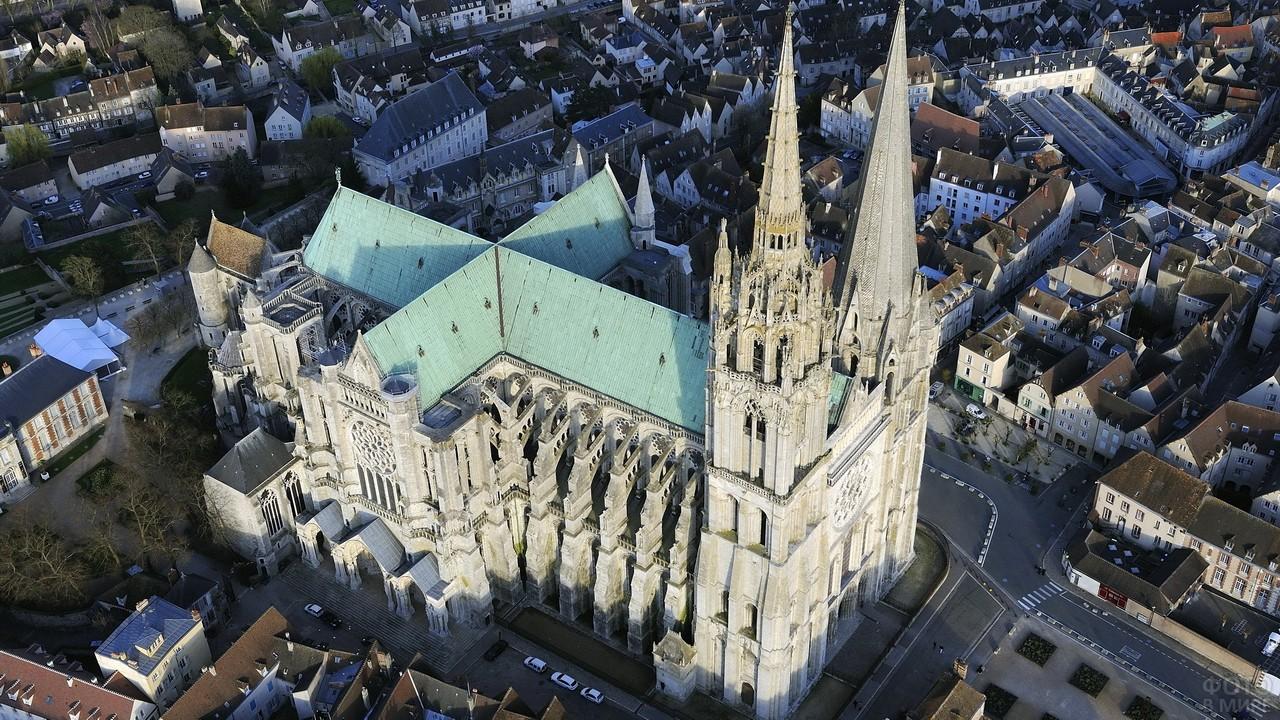 Кёльнский собор с высоты птичьего полёта