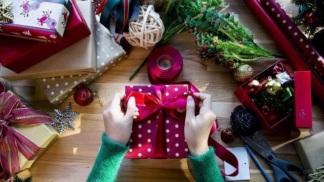 Упаковка подарков к Новому году своими руками