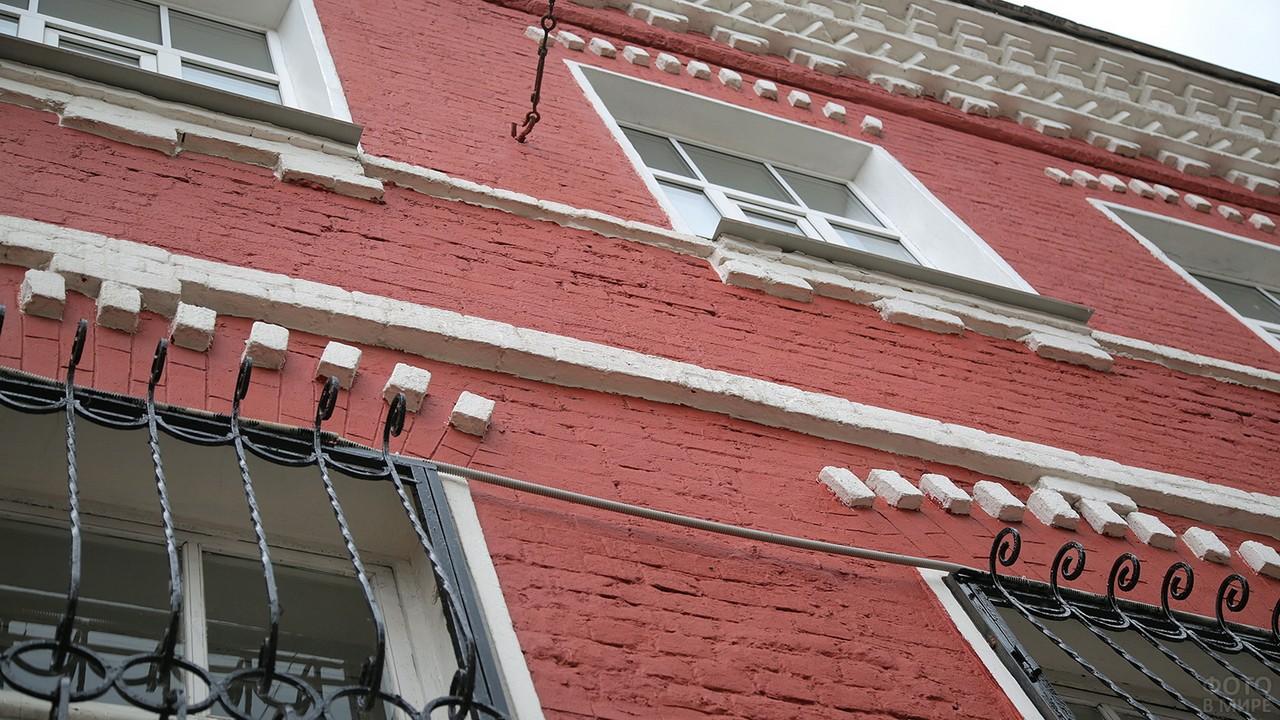 Фасад дома Троекуровых