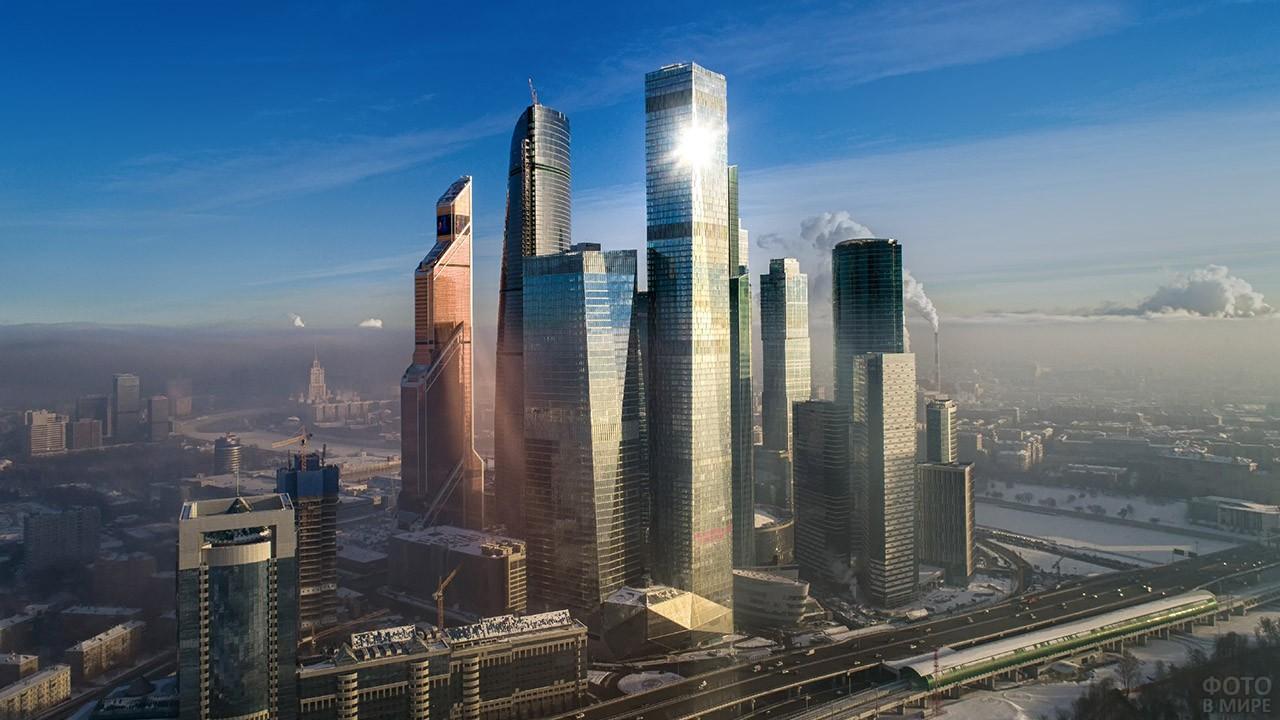 Аэрофотосъёмка небоскрёбов Москва-Сити