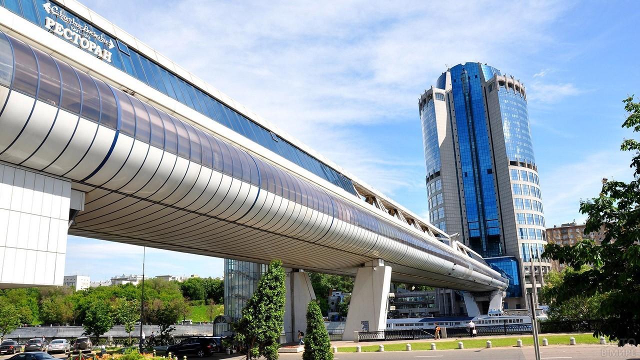 Башня 2000 и мост Багратион