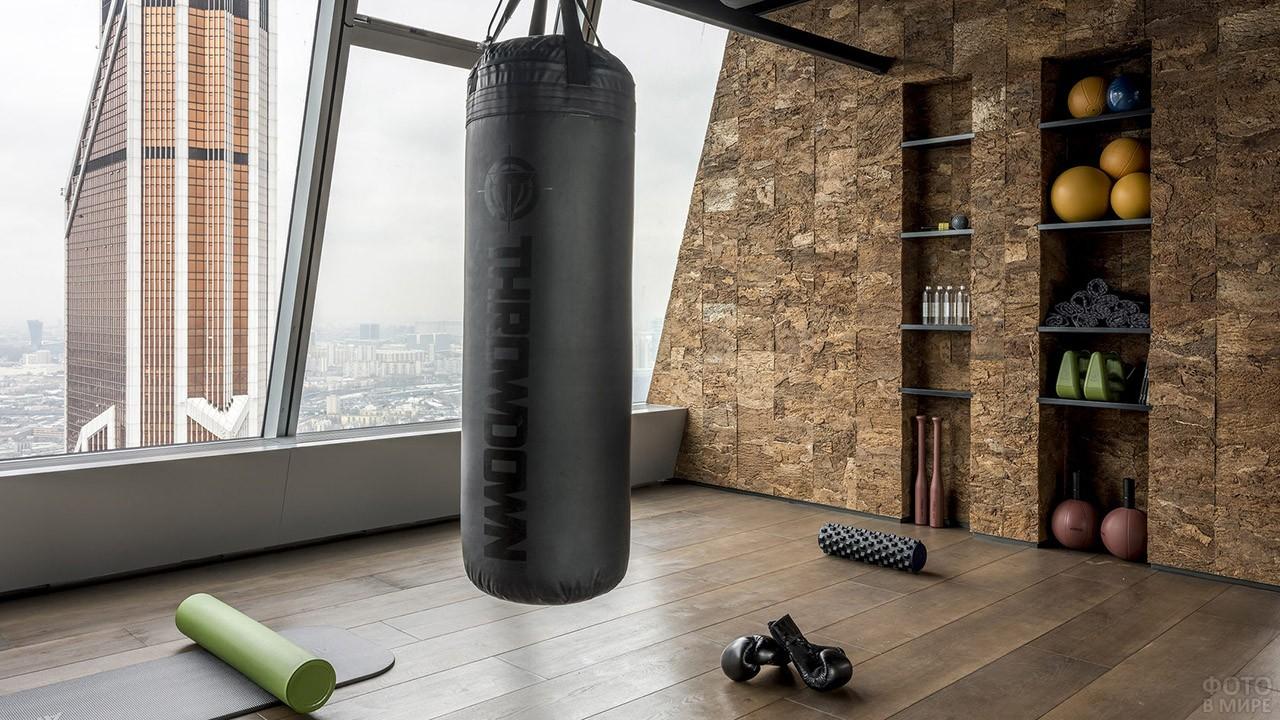 Фитнес-центр в башне Империя
