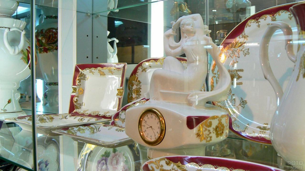 Выставка изделий Коростенского фарфорового завода