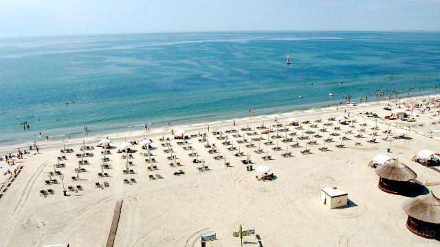 Песчаный пляж в Румынии