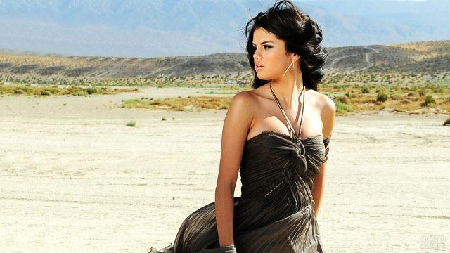 Американская певица и актриса Селена Гомес