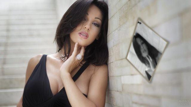 Итальянская поп-певица Анна Татанджело
