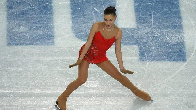 Выступление Аделины Сотниковой
