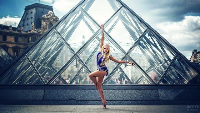 Фотосессия гимнастки в Париже