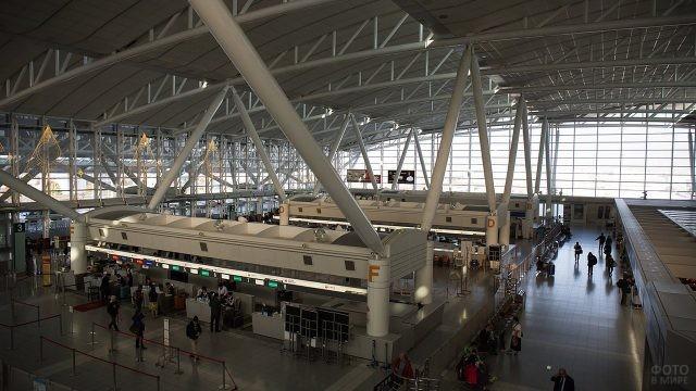 Японский аэропорт Фукуока