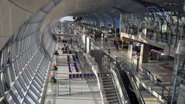 Сектор E аэропорта Суварнабхуми в Бангкоке