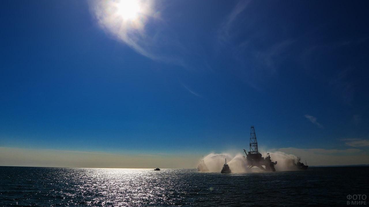 Нефтяная платформа у побережья Ирана