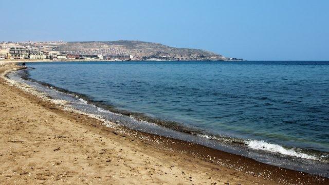 Штиль на Каспийском море в Баку