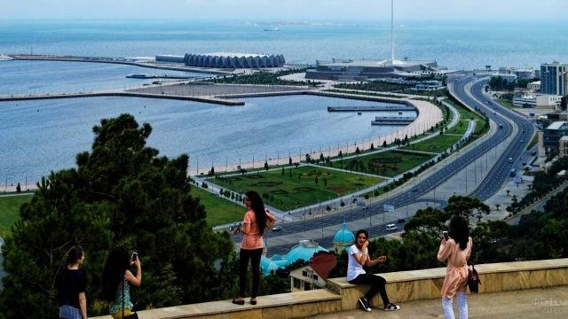 Современная набережная в Баку