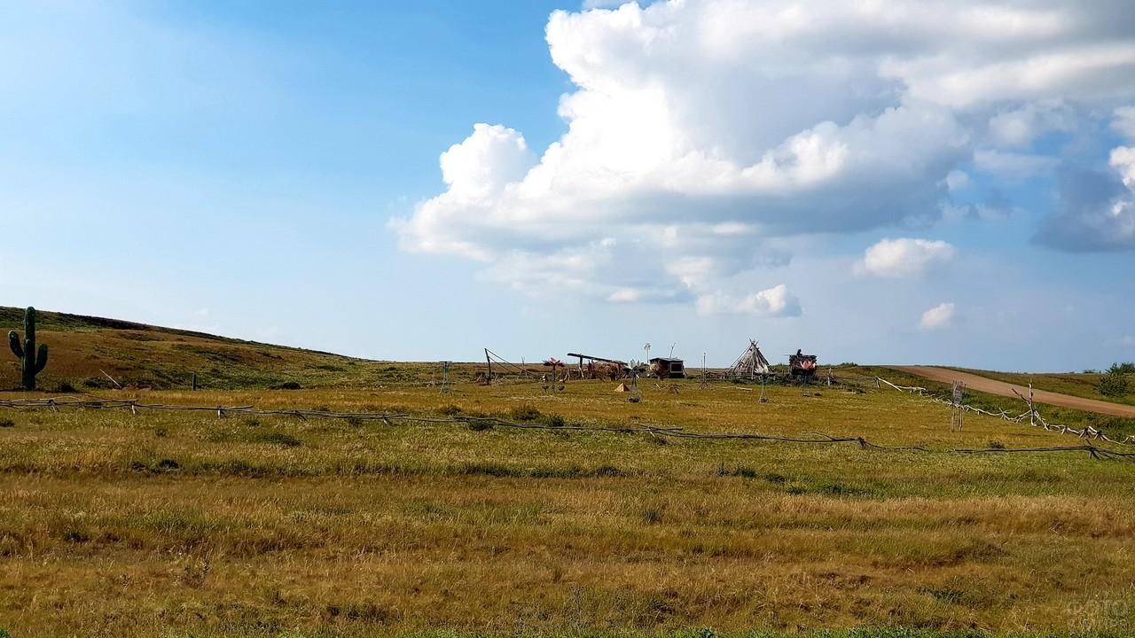 Поселение в степи на Урале