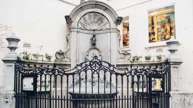 Символ Бельгии - фонтан Маннекен-Пис