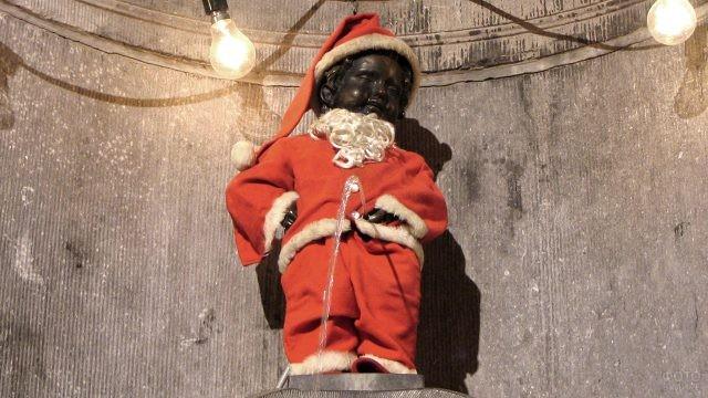 Жюльен в костюме Санта-Клауса
