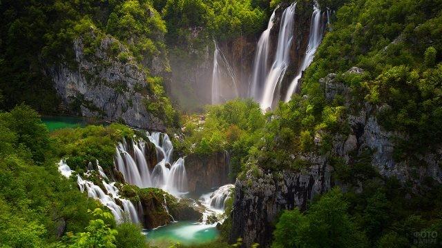 Водопады в Национальном парке Плитвицкие озёра