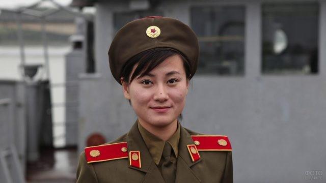 Девушка Северной Кореи