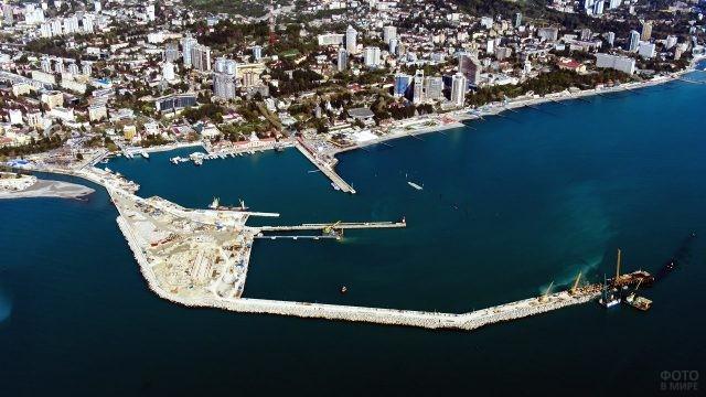 Аэропанорама акватории морского порта в Ейске