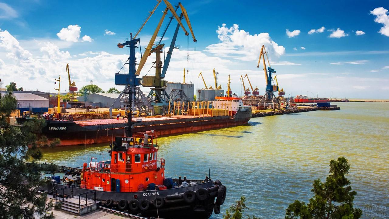 Морской порт в Ейске