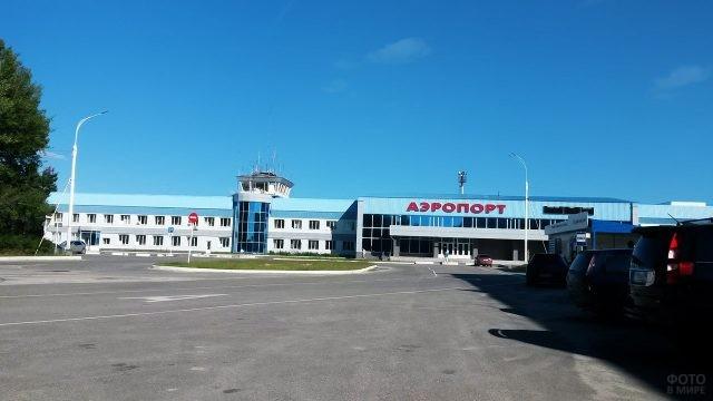 Аэропорт Урай под Ханты-Мансийском