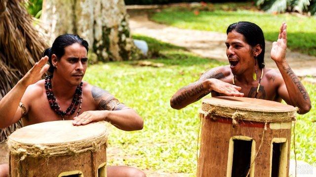 Индейцы Араваки в деревне Чорро-де-Маита