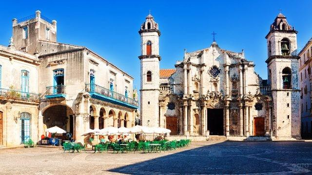 Кафедральный собор Сан-Кристобаль в Гаване