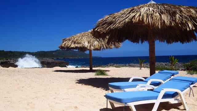 Респектабельный тропический пляж