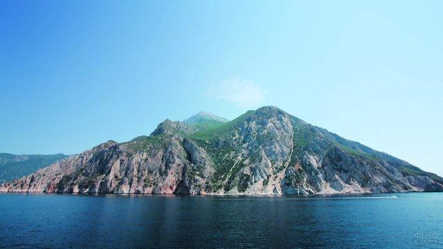 Афонский полуостров в Эгейском море