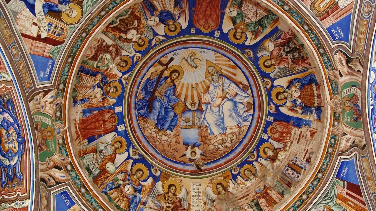 Роспись потолка в храме Ватопедского монастыря