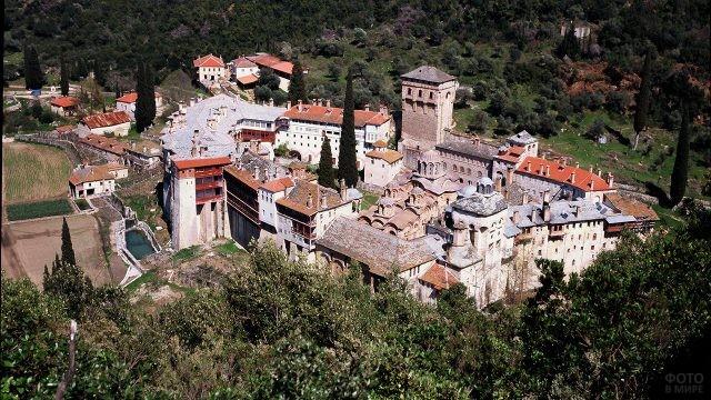 Сербский монастырь Хиландар