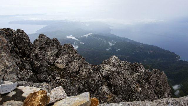 Скалы на вершине Святой Горы