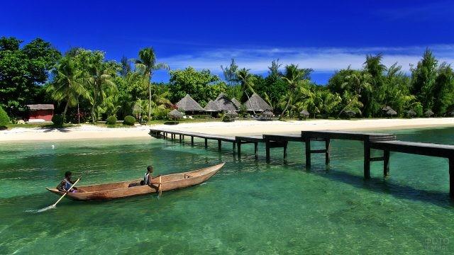 Аутентичная курортная деревушка на острове Нуси-Бураха
