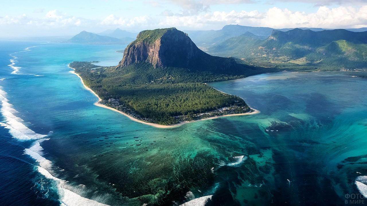 Панорама береговой линии Мадагаскара